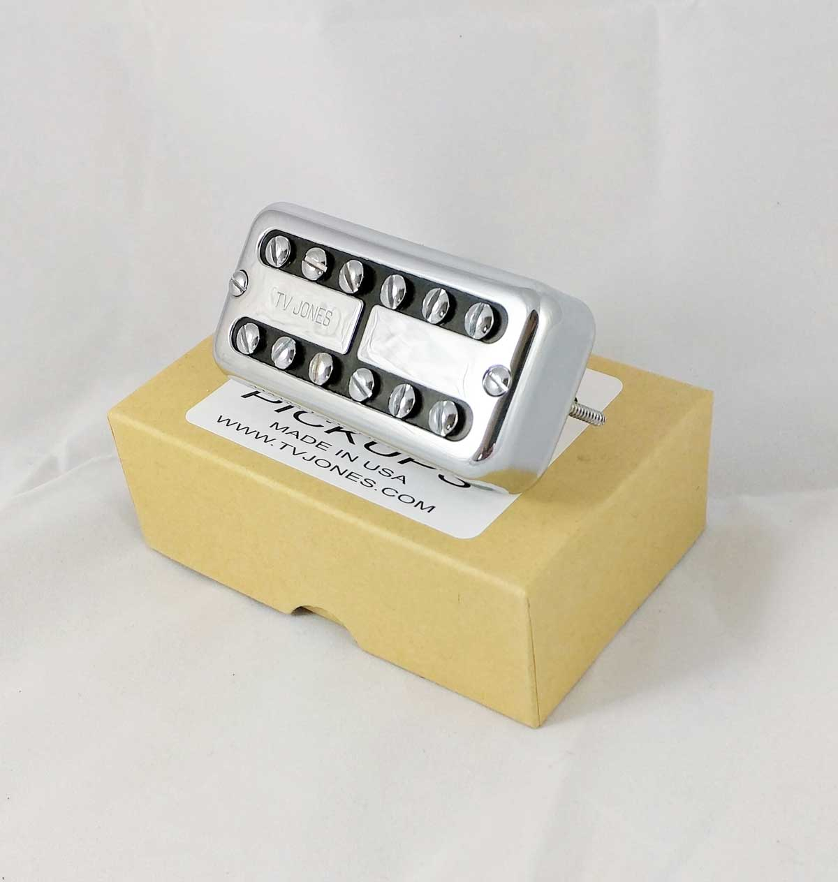TV Jones Classic™ Universal Mount™ Neck Pickup in Chrome